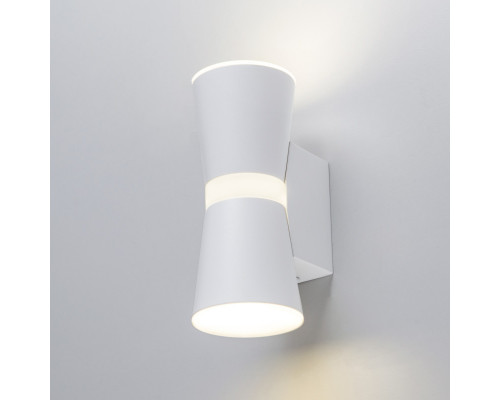 Сделать заказ Бра Elektrostandard Viare LED белый (MRL LED 1003)  VIVID-LIGHT.RU